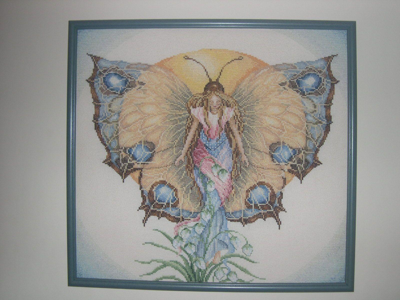 Tableau point de croix papillon du jour - Modele de papillon ...